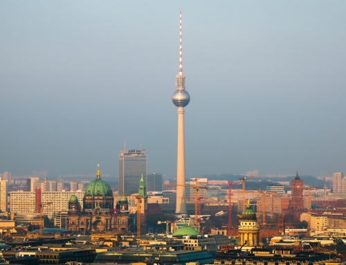 Przydatne terminy hotelarskie – wyrusz w podróż bez obaw z niemiecki.pro!